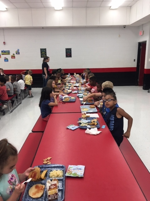 Elementary Lunch!